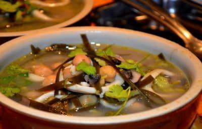 Cuisiner des Calamars en soupe ( Facile et rapide)