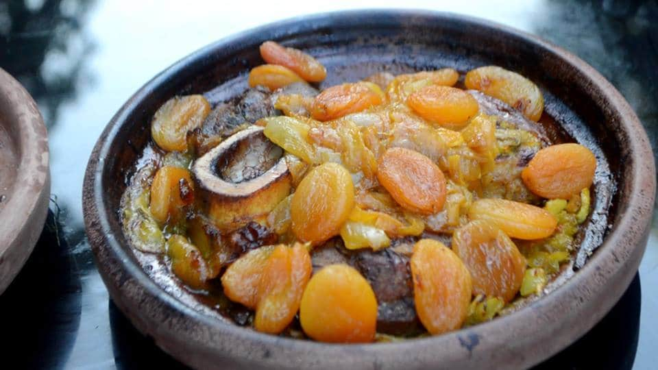 Tajine de Boeuf aux Abricots – Recette Marocaine