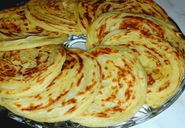 Msemen (Meloui Marocain à La Semoule)