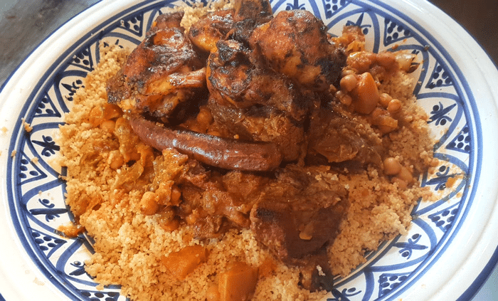 Couscous Royal Maghrébin À l'Occidentale (Poulet, Agneau, Merguez…)