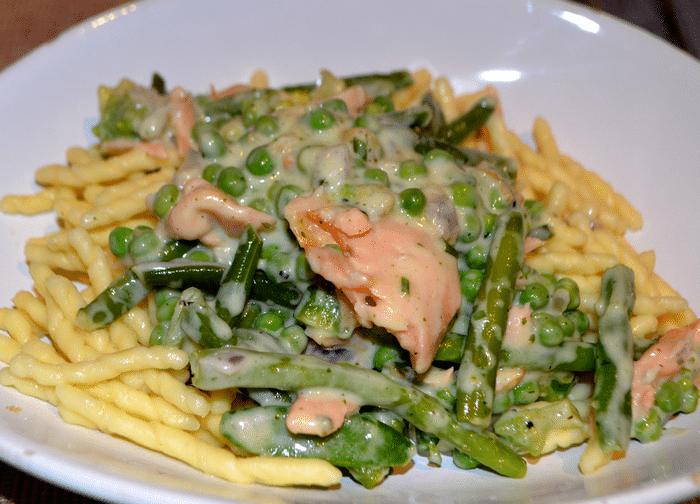 Pâtes Au Saumon Frais Et Légumes Verts Facile