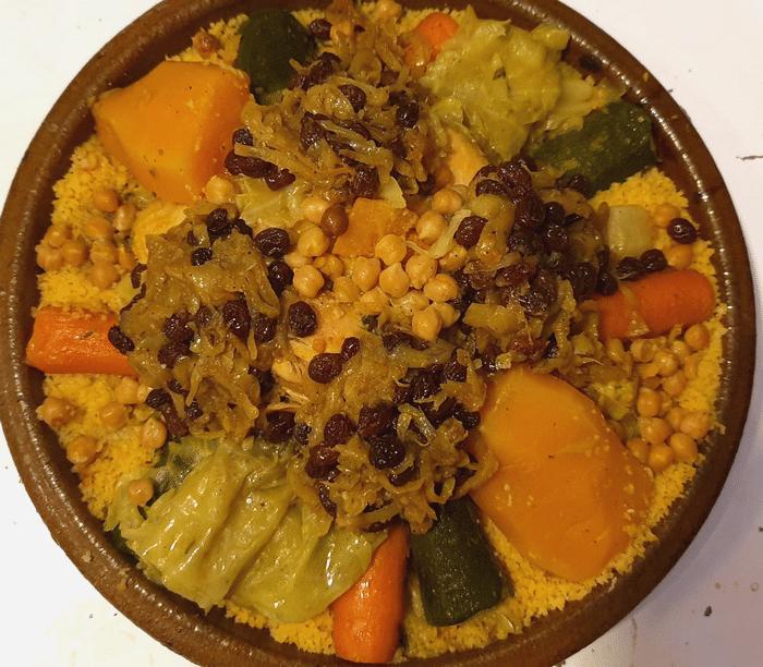 Recette Marocaine de Couscous Tfaya au Poulet